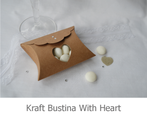Kraft Bustina with heart, favour image.