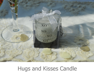 Hugs and Kisses candle favour image.